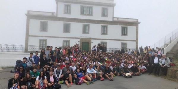 En marxa la Peregrinació de 310 joves de la Diocesi de Terrassa junts amb el seu Bisbe cap a Santiago de Compostel·la