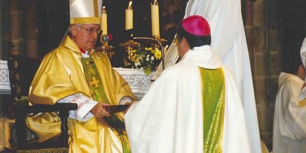 Felicitació a Mons. Josep Àngel Saiz Meneses, Bisbe de Terrassa, amb motiu del divuitè aniversari de la seva ordenació episcopal