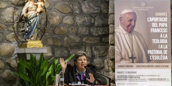 La parròquia de Sant Feliu de Sabadell va acollir una conferència en el marc  del congrés sobre L'aportació del papa Francesc a la teologia i la pastoral de l'Església.