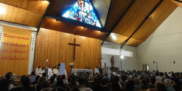 Mons. Saiz Meneses celebra el Roser de Maig