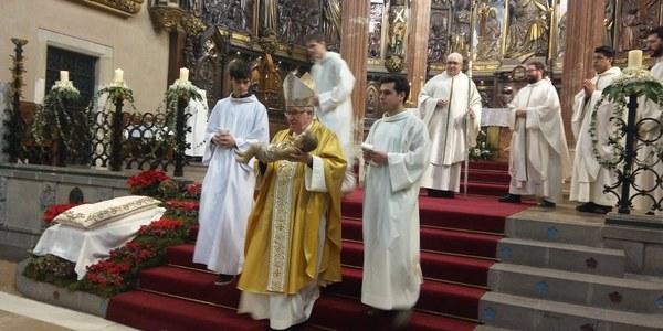 Mons. Saiz Meneses celebra la Solemnitat de l'Epifania