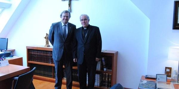 Mons. Saiz Meneses rep el delegat de govern