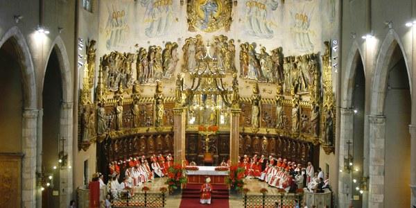 Quinzè aniversari de la presa de possessió de Mons. Josep Àngel Saiz Meneses com a primer bisbe de la diòcesi.
