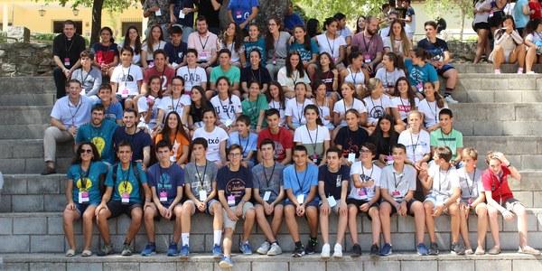 Un centenar d'adolescents participen en una trobada de confirmació
