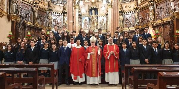 Confirmaciones a alumnos del Colegio El Pinar de Nuestra Señora