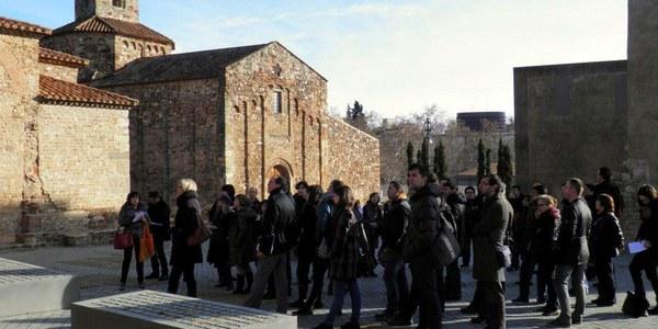 El Obispado de Terrassa acoge la primera sesisión del curso de guías de Catalonia Sacra