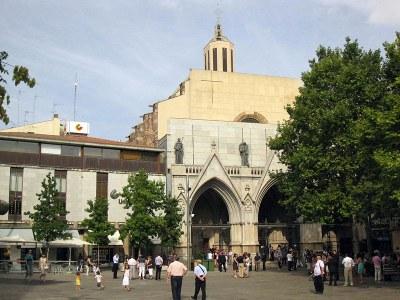 Catedral del Sant Esperit.jpg